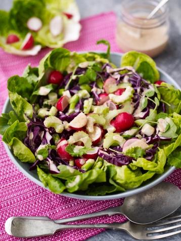 Crunchy superveg salad